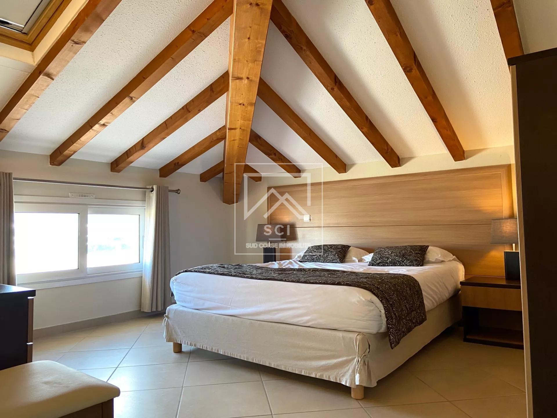 Appartement 2 chambres, proche port de plaisance, Porto-Vecchio