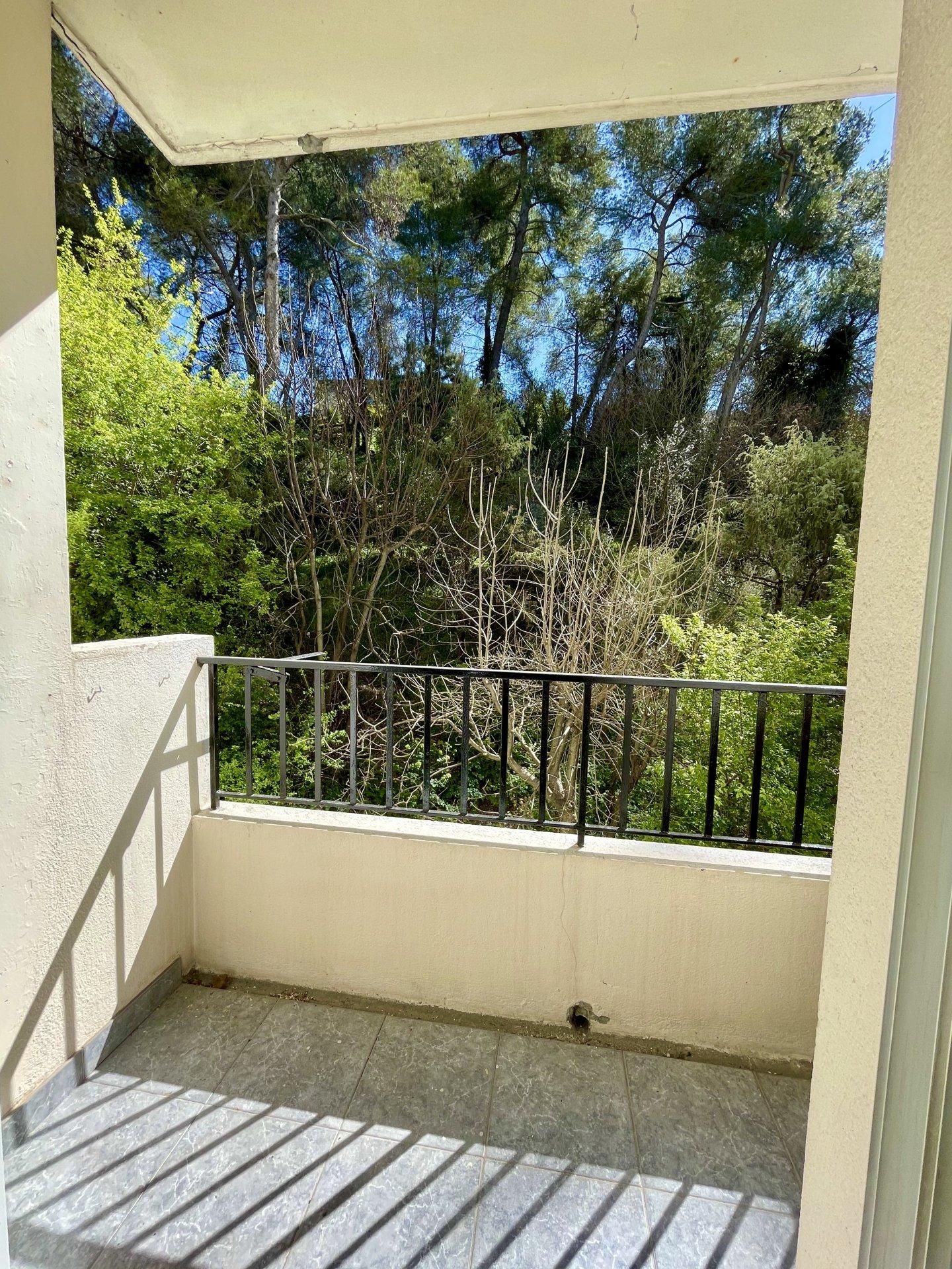 Sale Apartment - La Trinité Le Chêne Vert