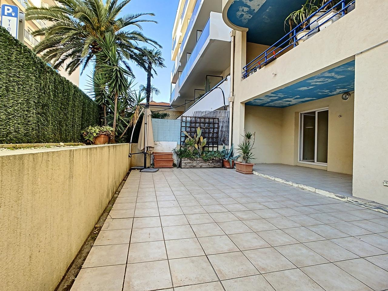 Appartement  3 Rooms 65.65m2  for sale   325000 €