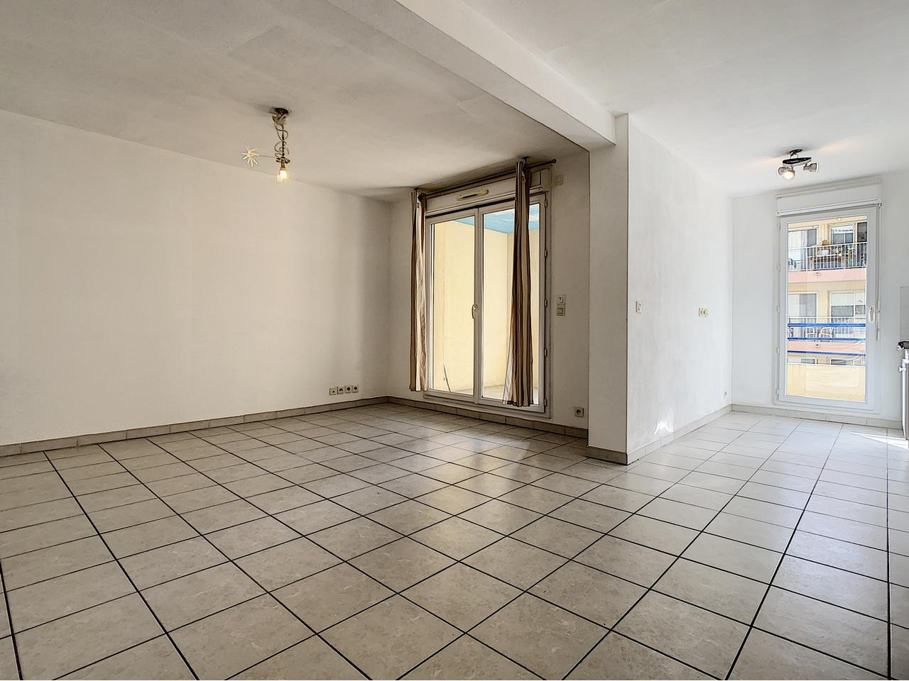 Appartement  2 Rooms 47m2  for sale   231 000 €