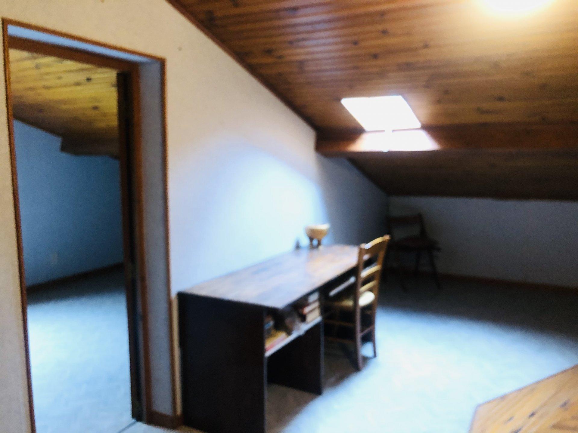 Villa sur 3 300 m² de terrain