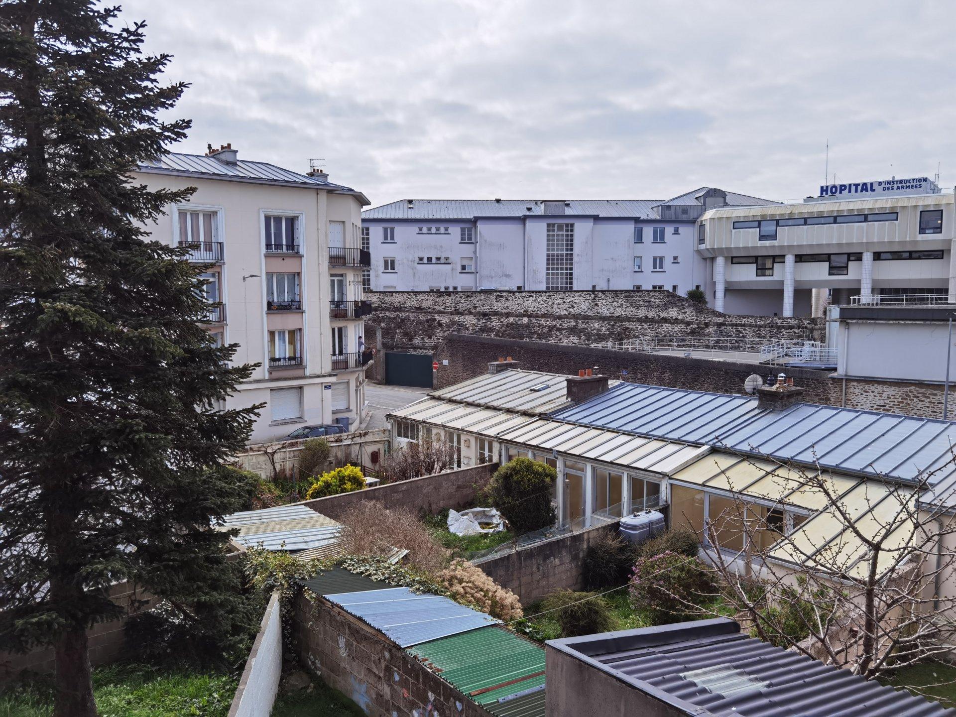 BREST CENTRE HARTELOIRE - SIAM  - T3 - BEAUX PARQUETS