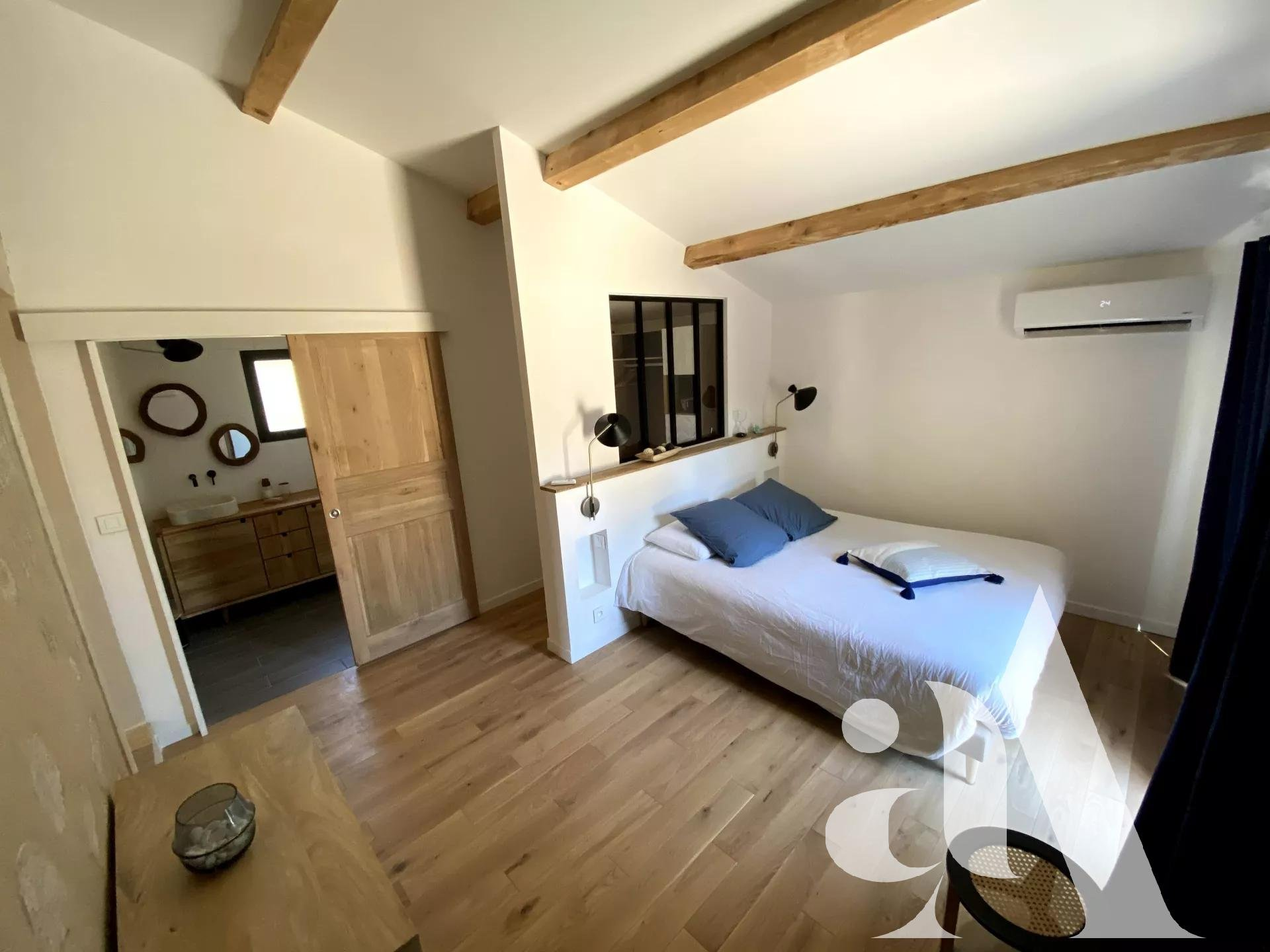 MAS CELINE - EYGALIERES - ALPILLES - PROVENCE- 5 bedrooms- 10 peoples