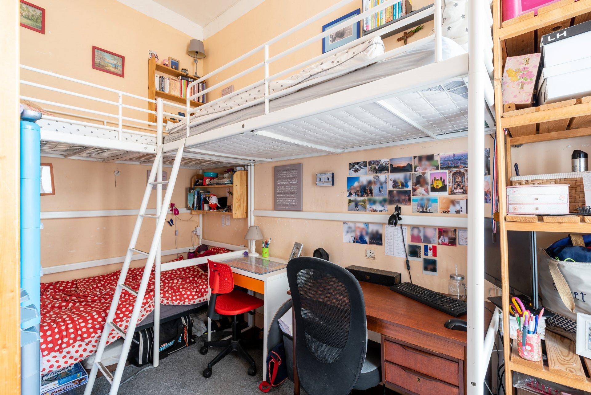 LYON 2 - Place Carnot - Grand T4 117m² à rénover