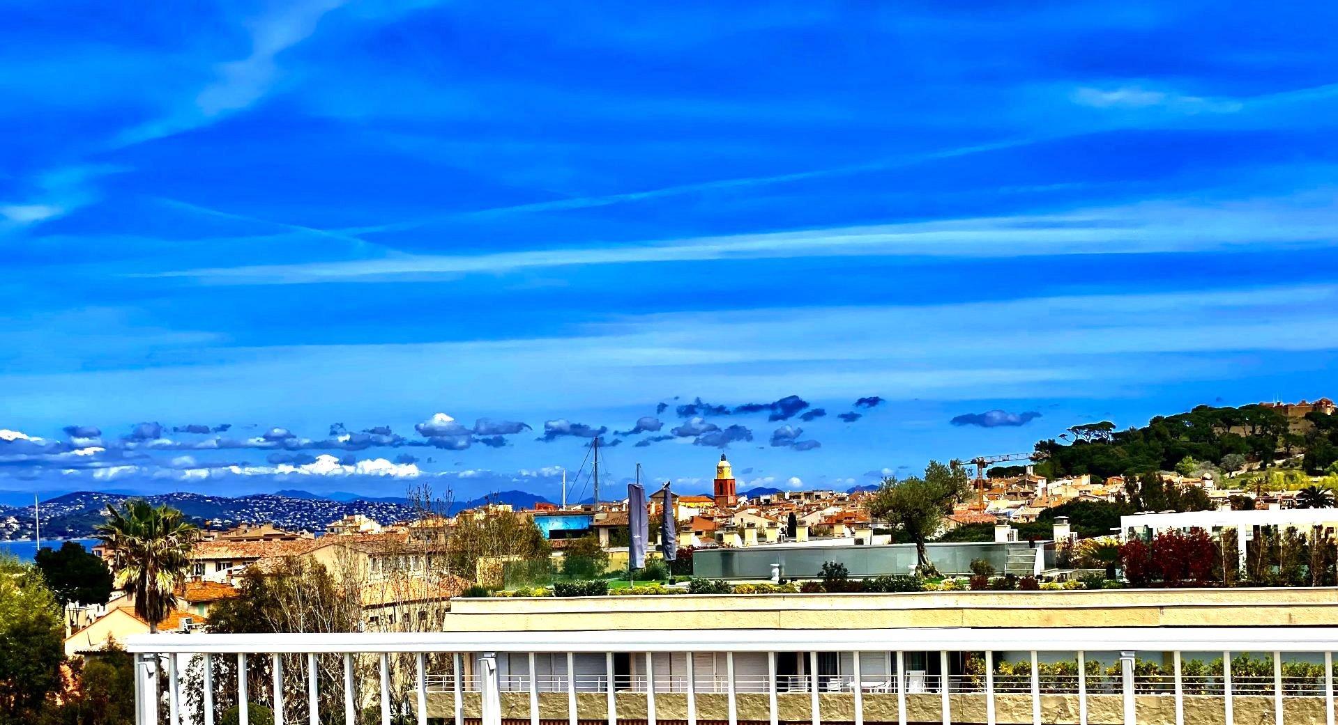 Apartment Saint Tropez center roof top SEA VIEW