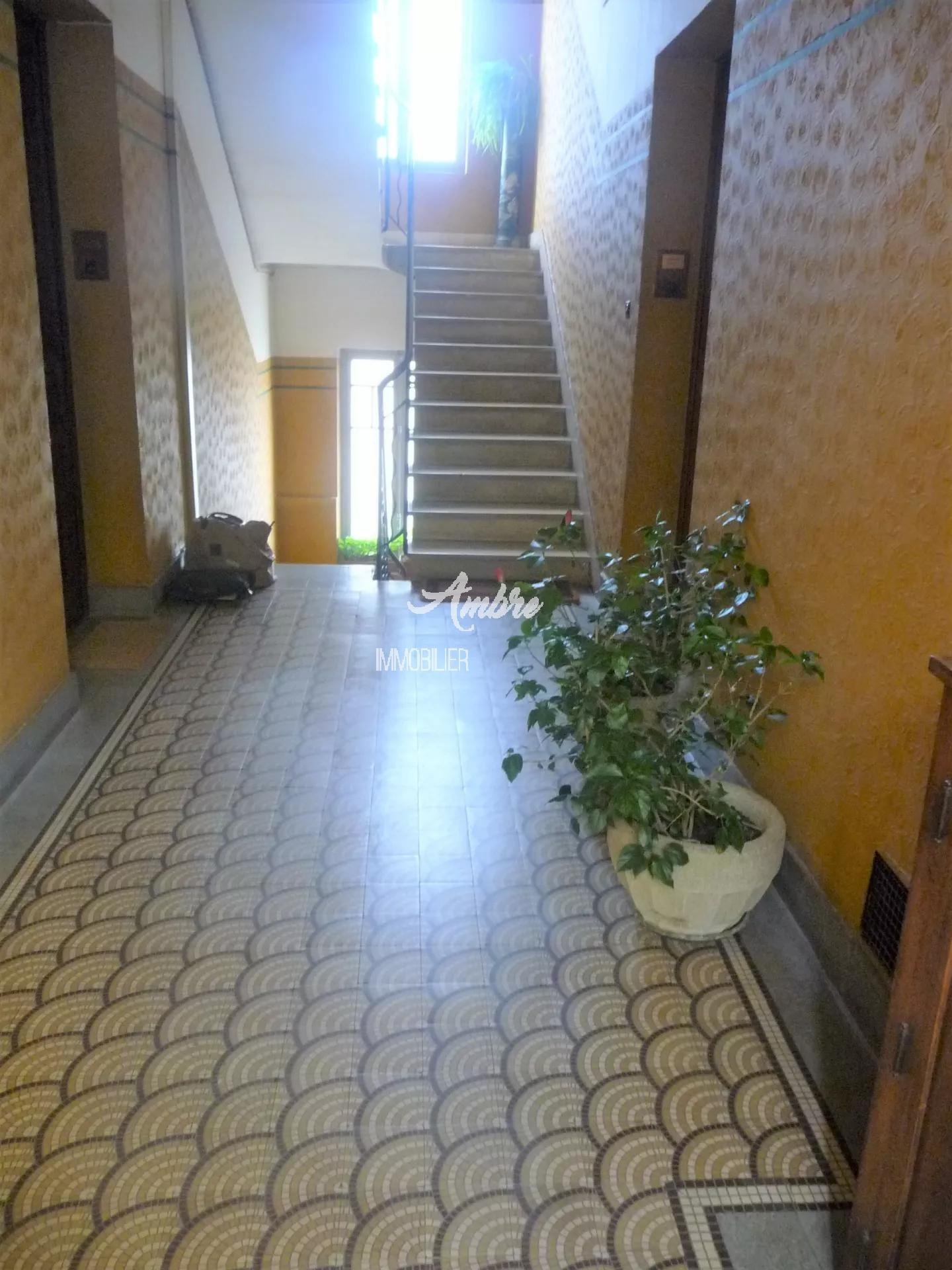 VALENCE APPARTEMENT T3 70 m²