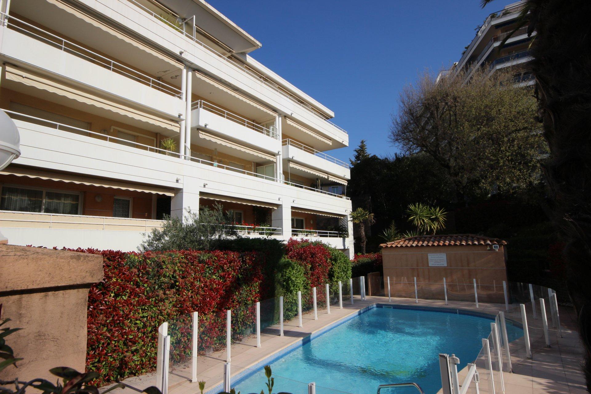 Bostad till salu nära centrala Cannes