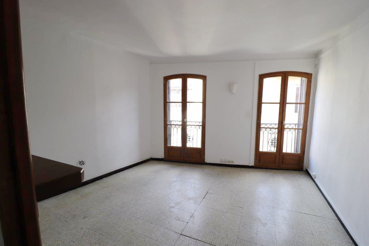 T2  à vendre, Perpignan centre, avec annexes (duplex possible)