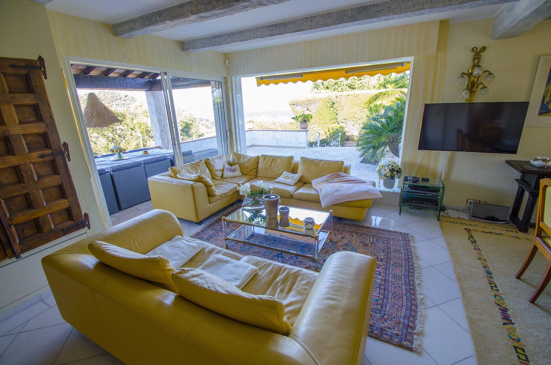 Exclusive villa in La Napoule