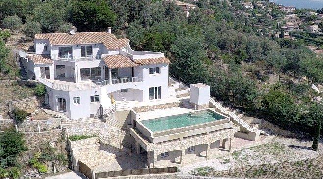 A vendre - Villa provençale et sa vue panoramique - Mandelieu-la-Napoule
