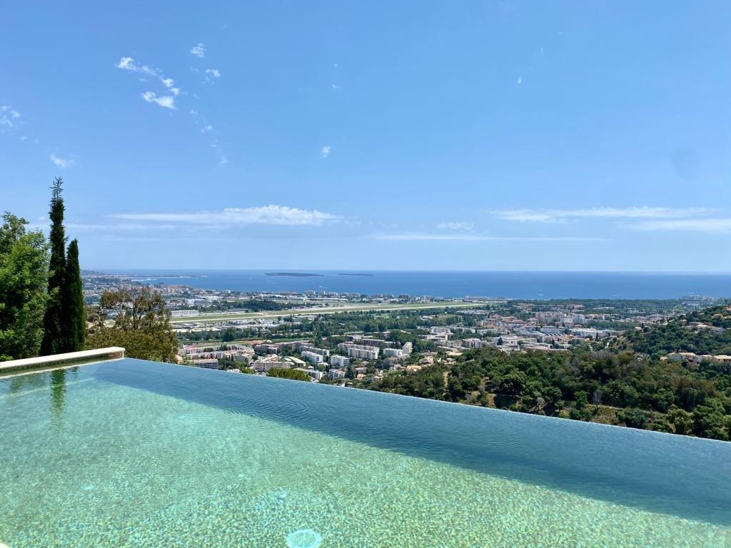 For Sale - Villa with panoramic view - Mandelieu-La-Napoule