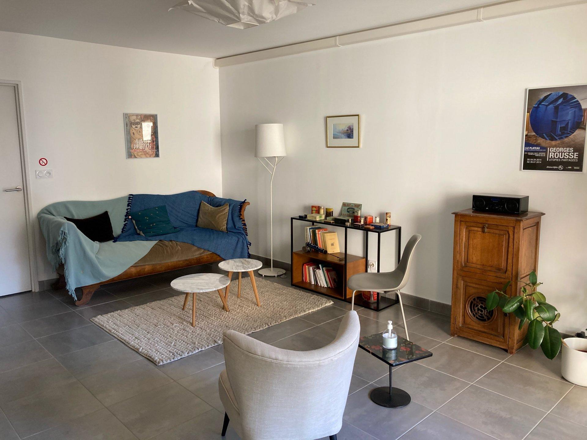 Sale Apartment - Tassin-la-Demi-Lune Centre ville