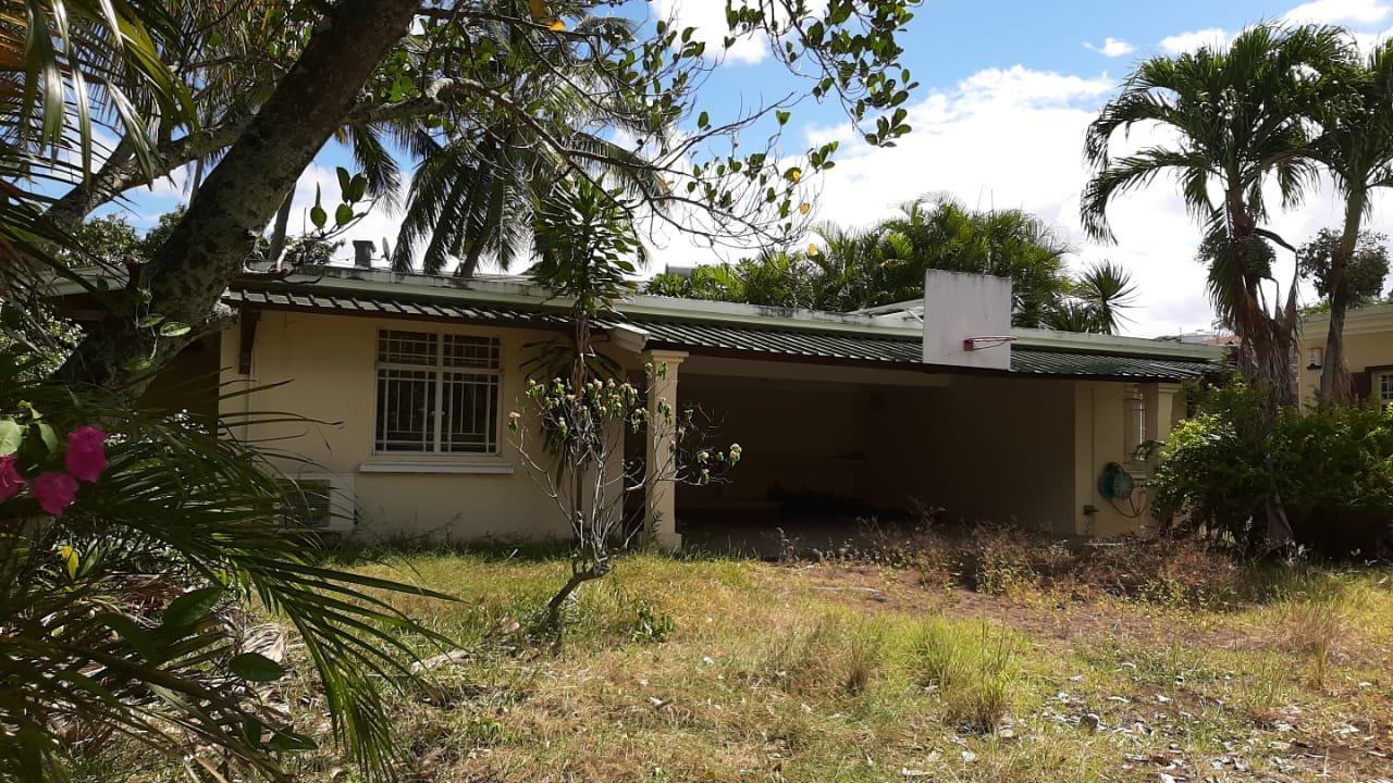 Sale House - Grand Baie - Mauritius