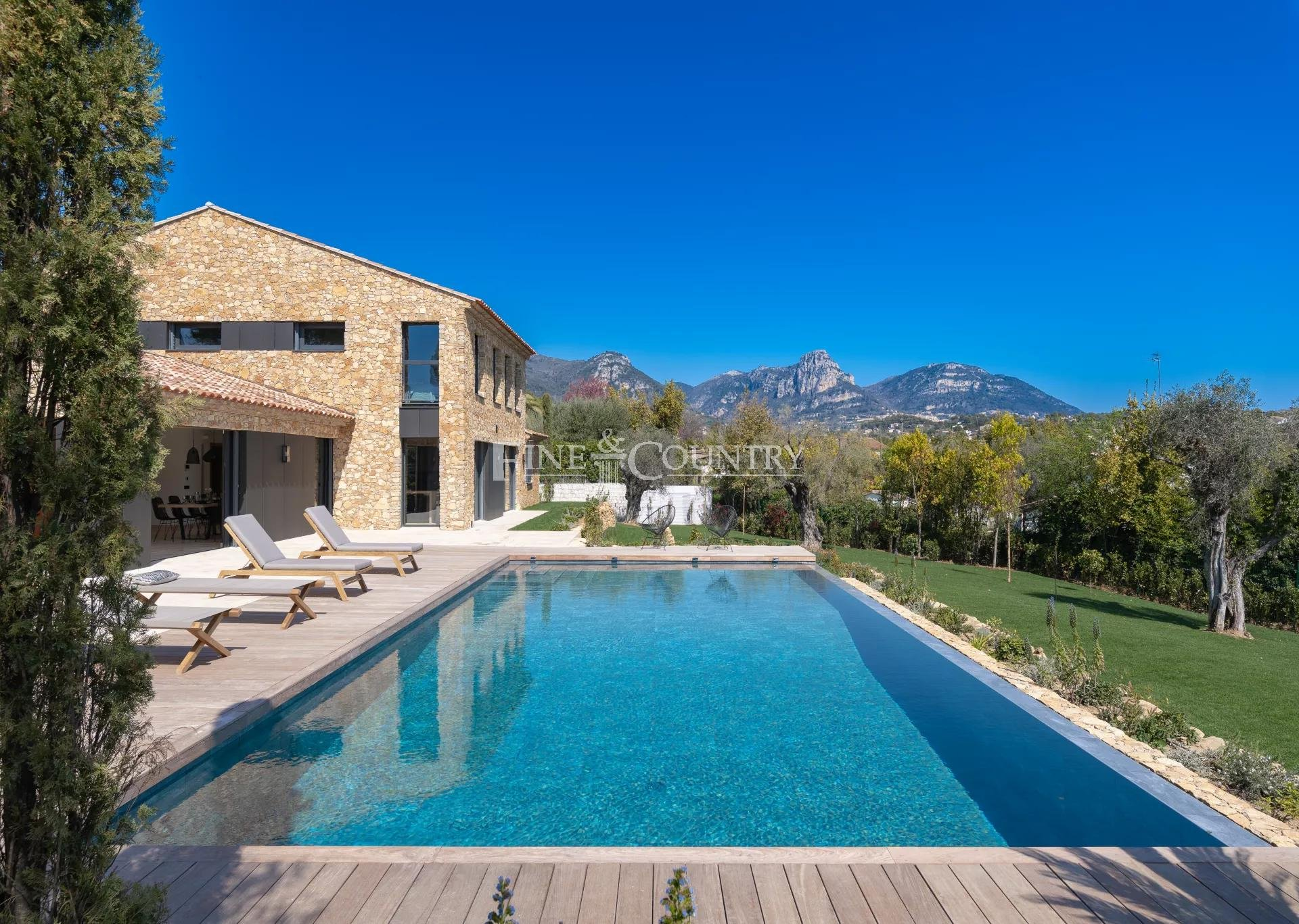New Bastide style villa for sale in Vence