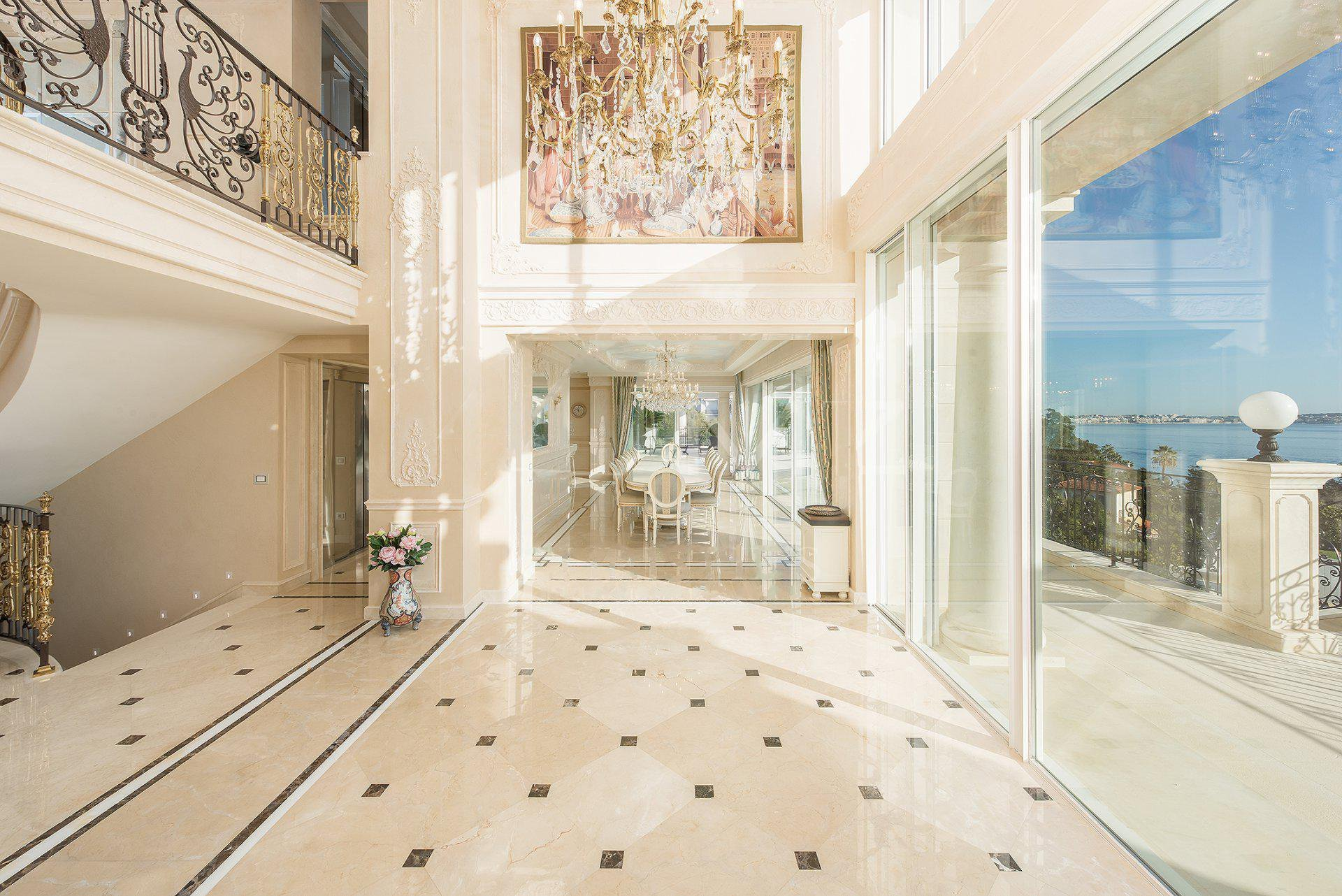 Villa Horizons at the gates of Cannes