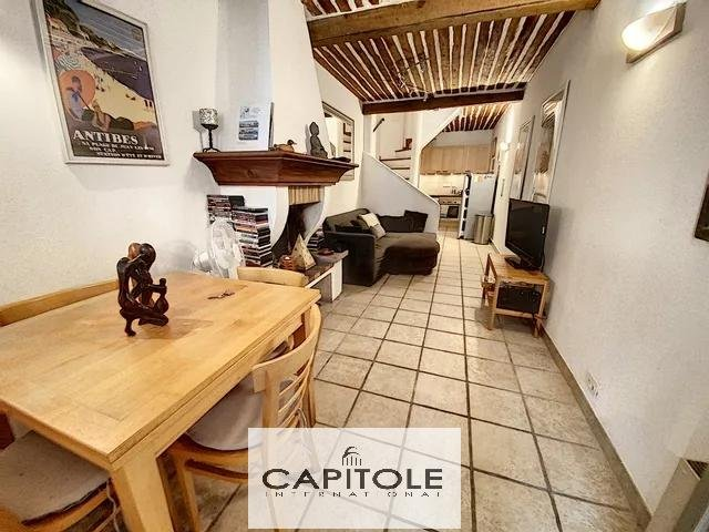 For sale, SOLE AGENT PROPERTY, Old Antibes, charming 3 room town house