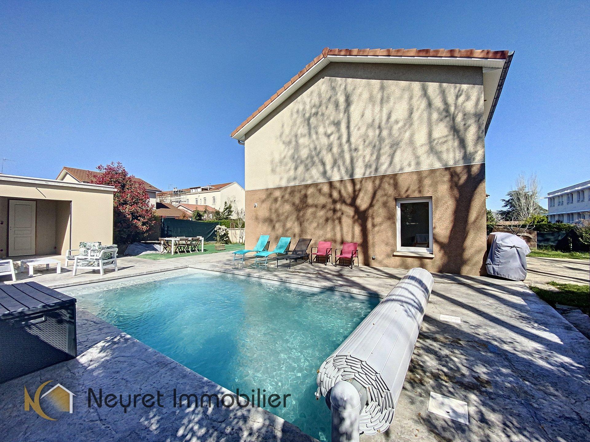 villa avec piscine saint Chamond