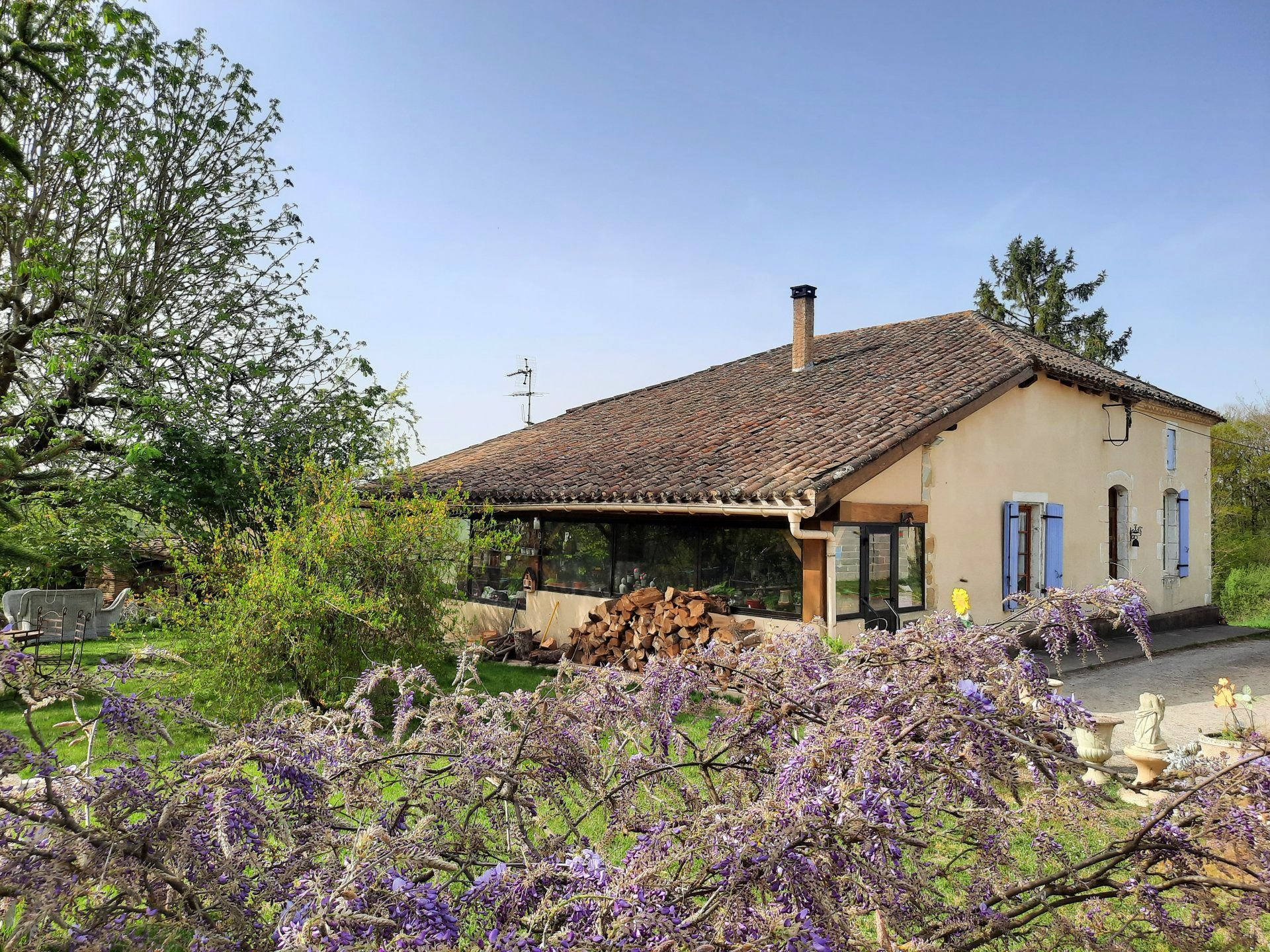 Nice stone farmhouse with lovely views
