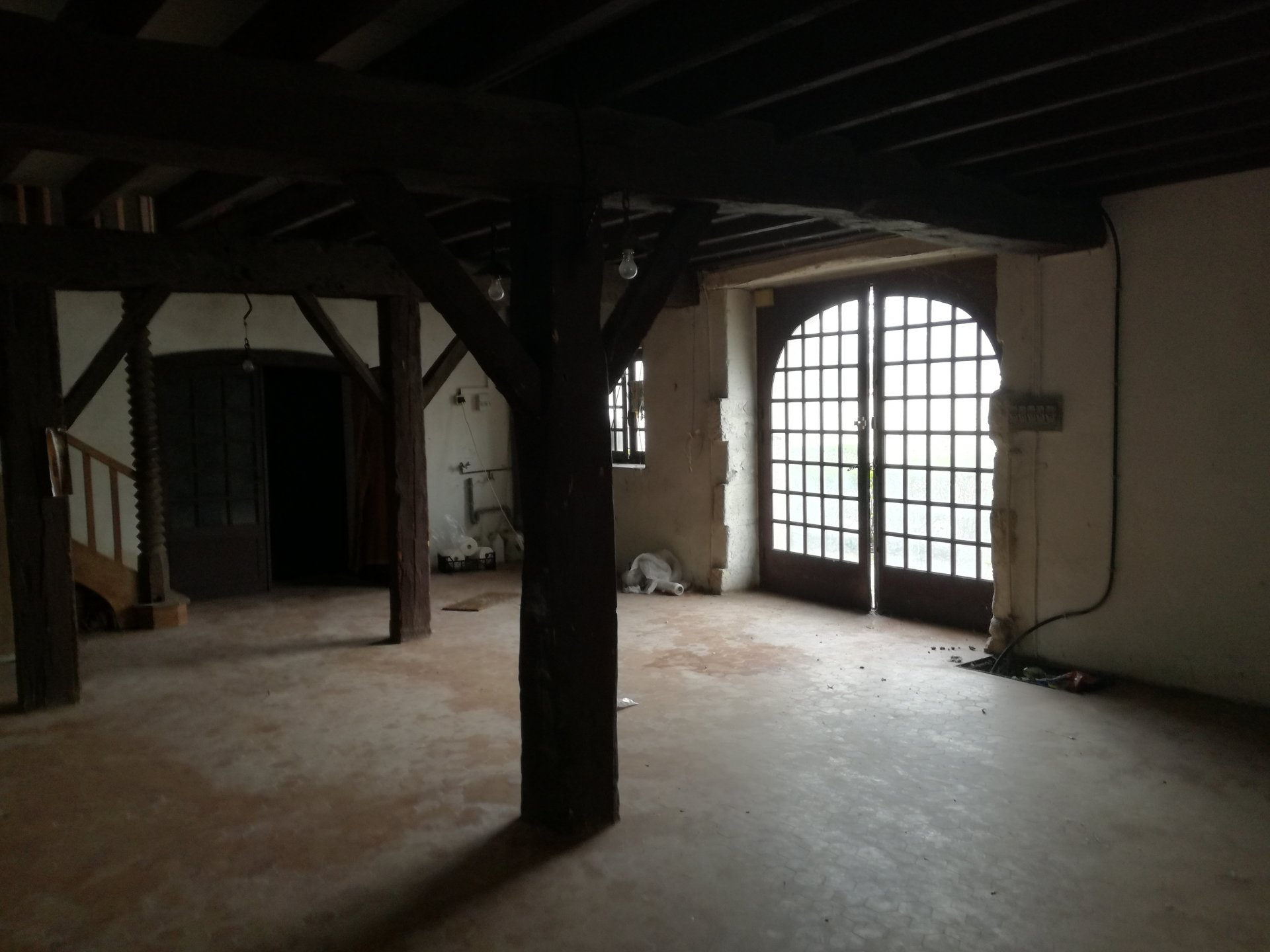 MANSLE  Maison a rénover
