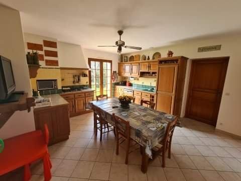 Sale House - Frontenac