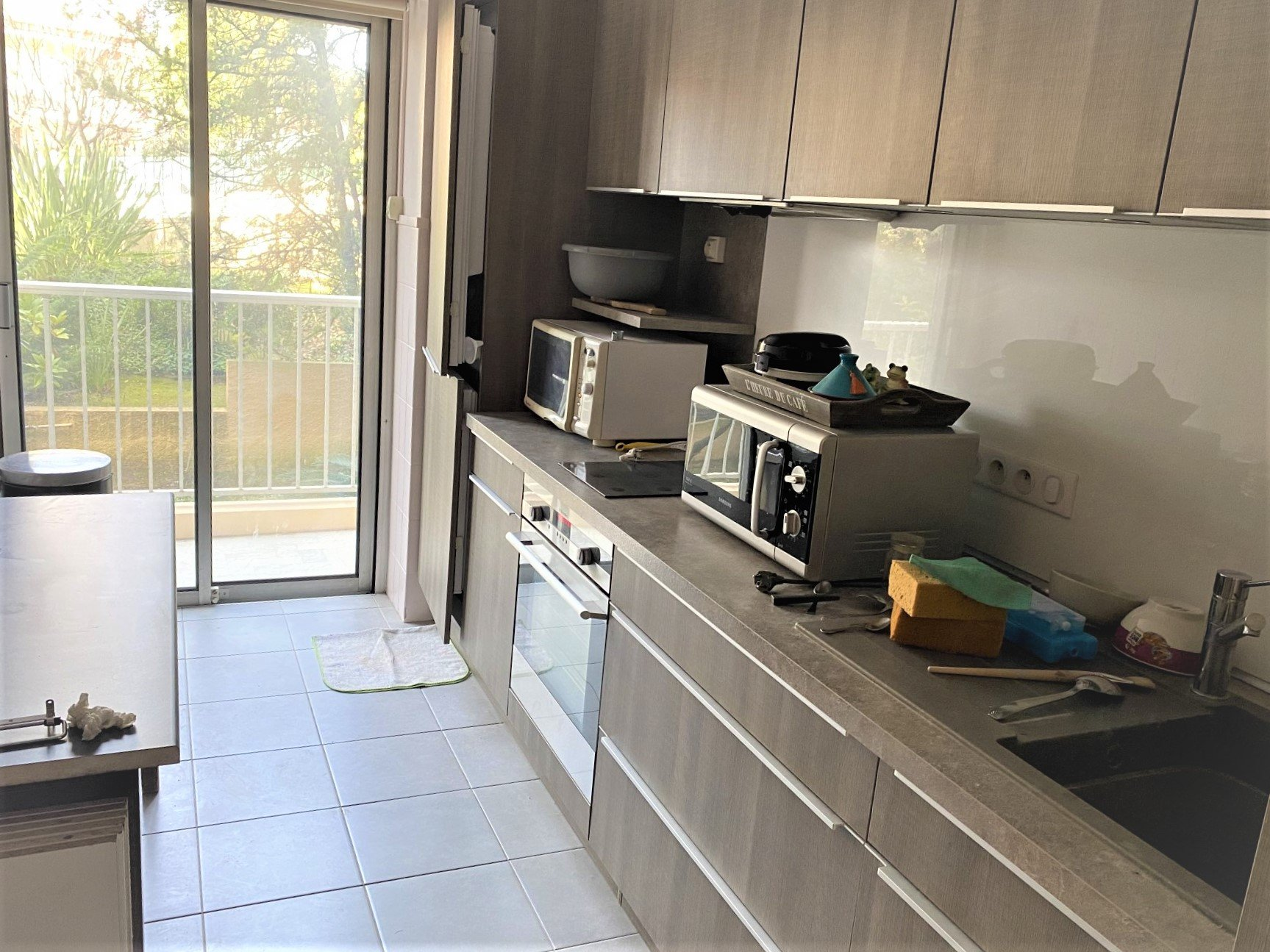 ONE BEDROOM CIMIEZ WITH TERACE