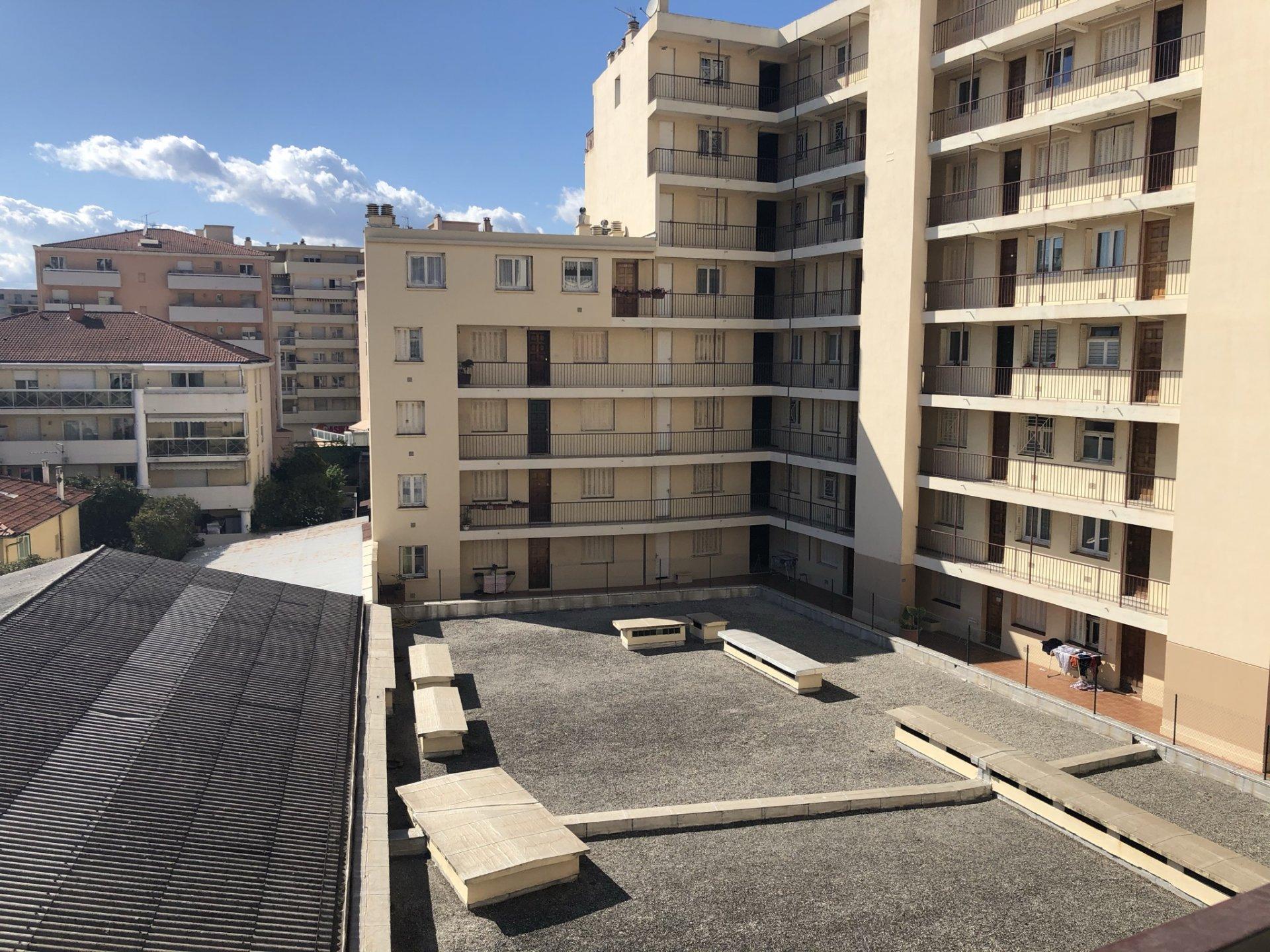 Affitto Appartamento - Nizza (Nice) Saint Roch