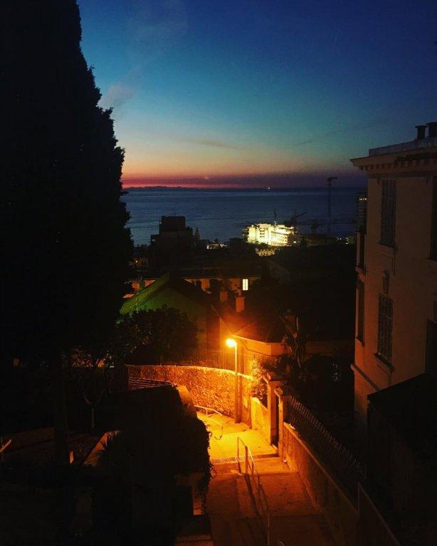 Försäljning Hus - Nice Moyenne Corniche
