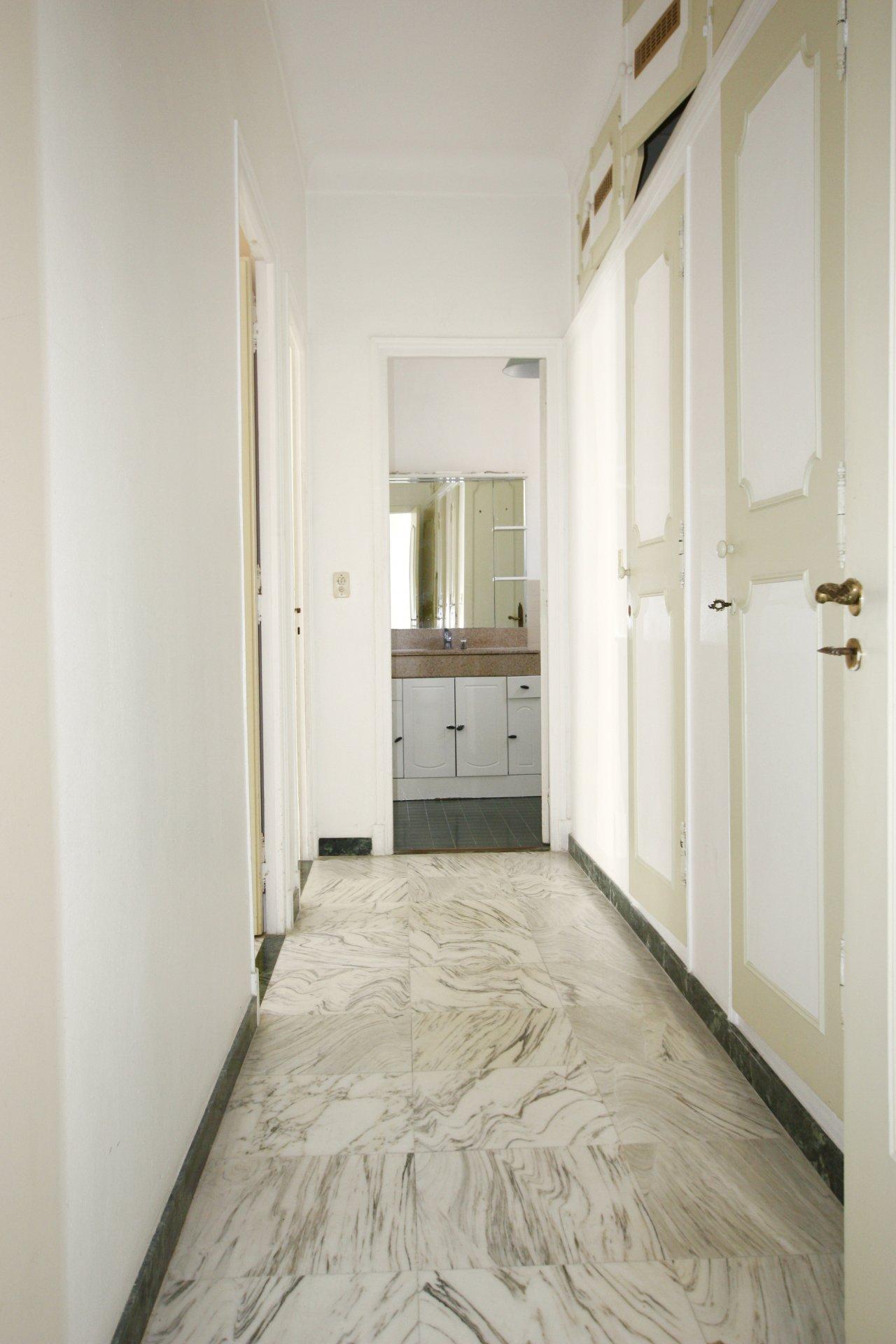 2 Bedrooms apartment Victor Hugo