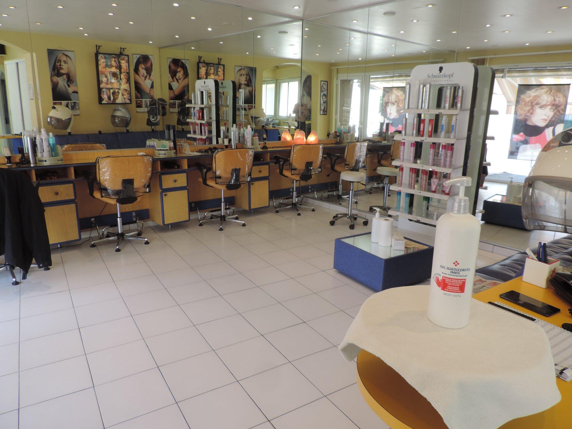 Salon de Coiffure / Onglerie