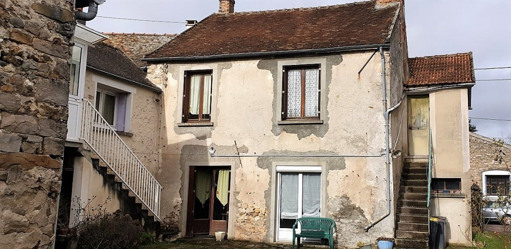 MAISON ANCIENNE A RENOVER