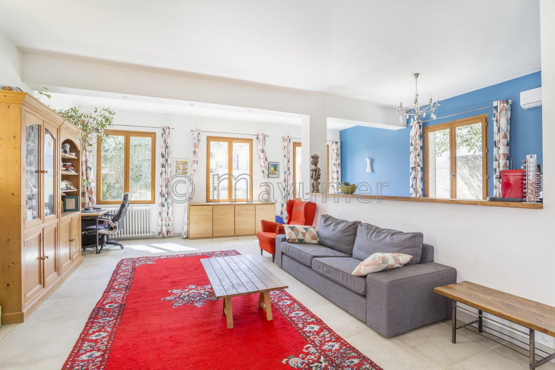 Sale House - Marseille 12ème Saint-Barnabé