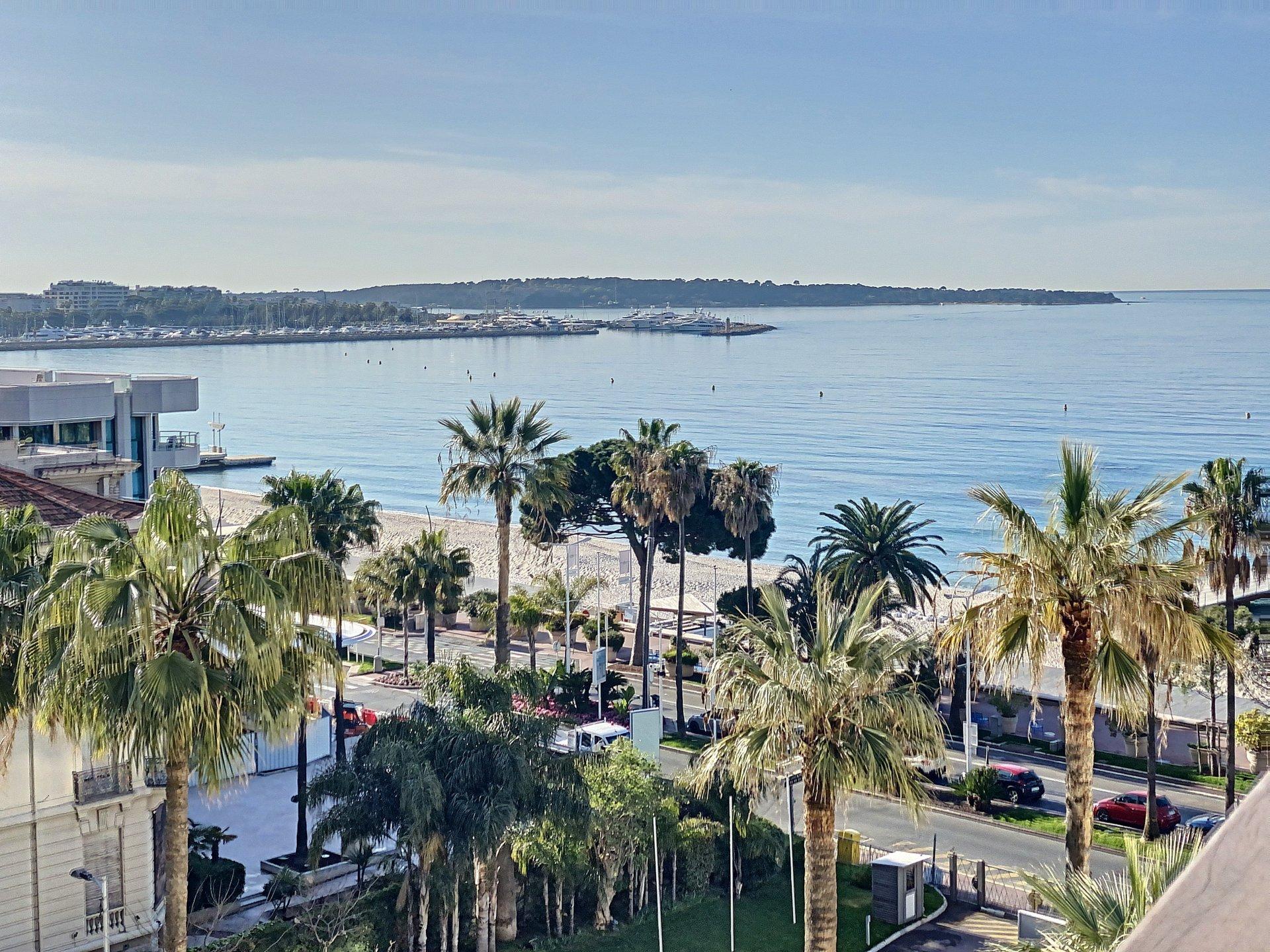 Cannes Croisette 3P 58 m2 vue mer