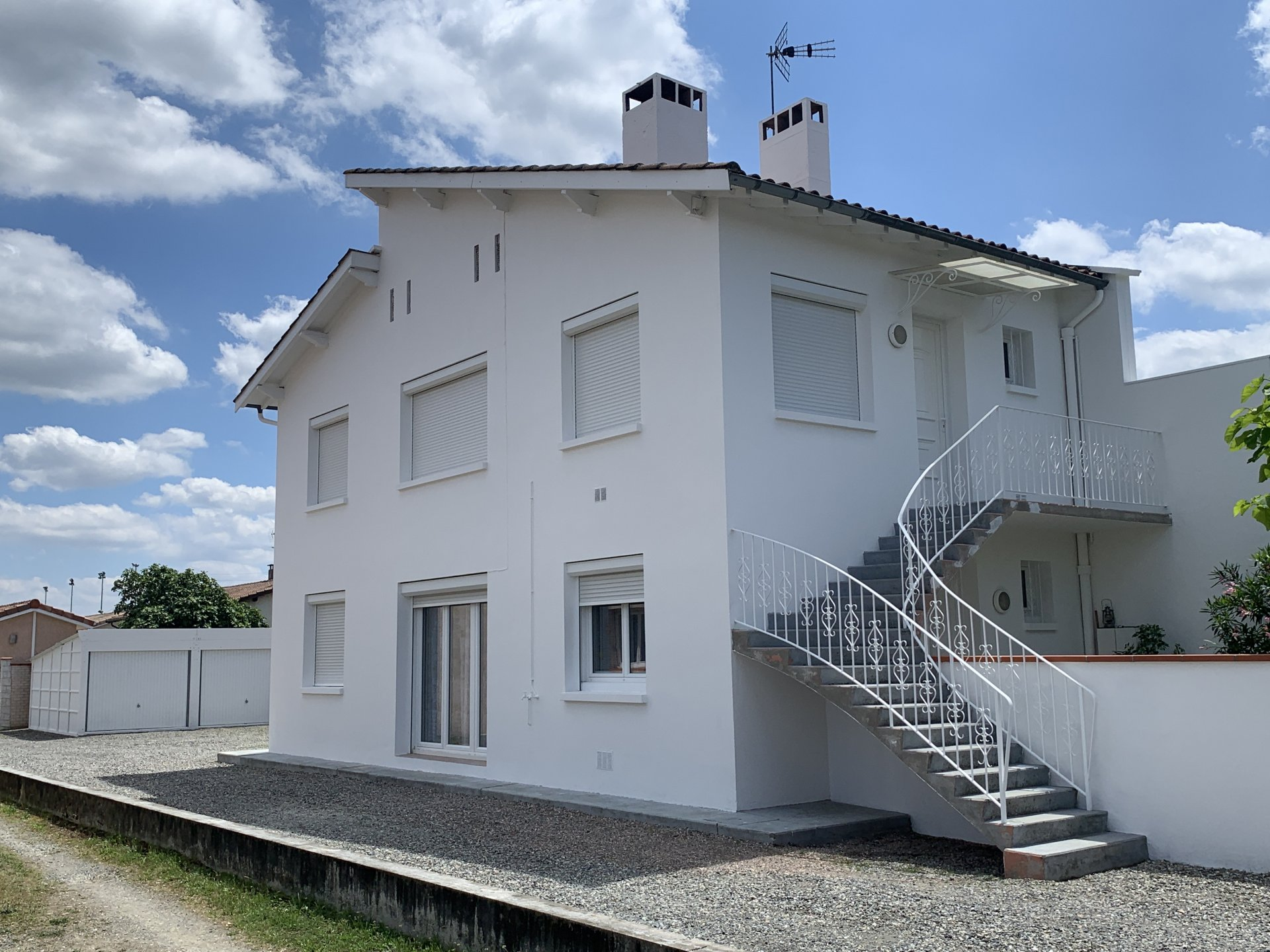 Sale Building - Portet-sur-Garonne