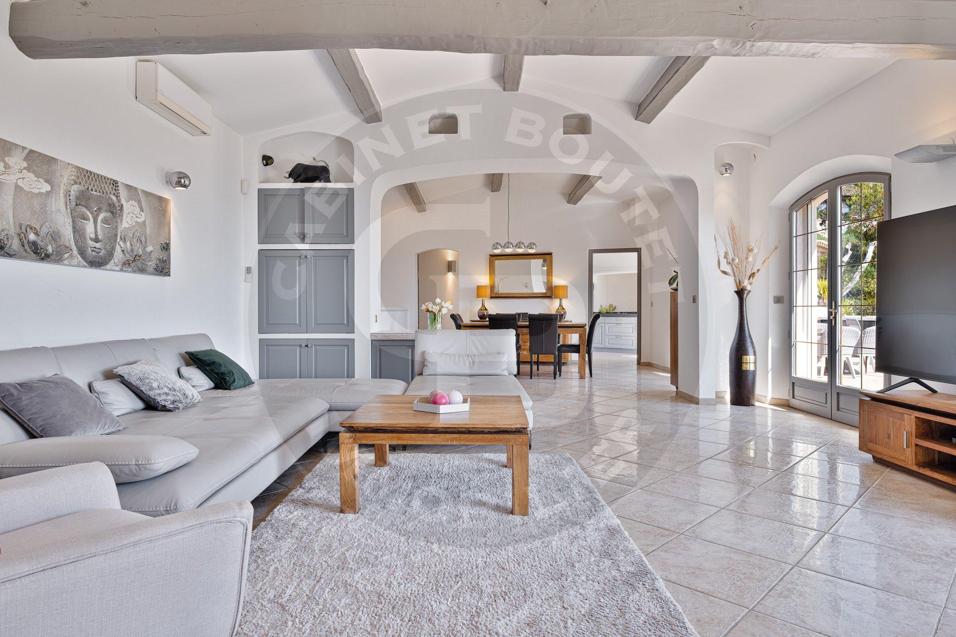 Sale Villa - Cagnes-sur-Mer