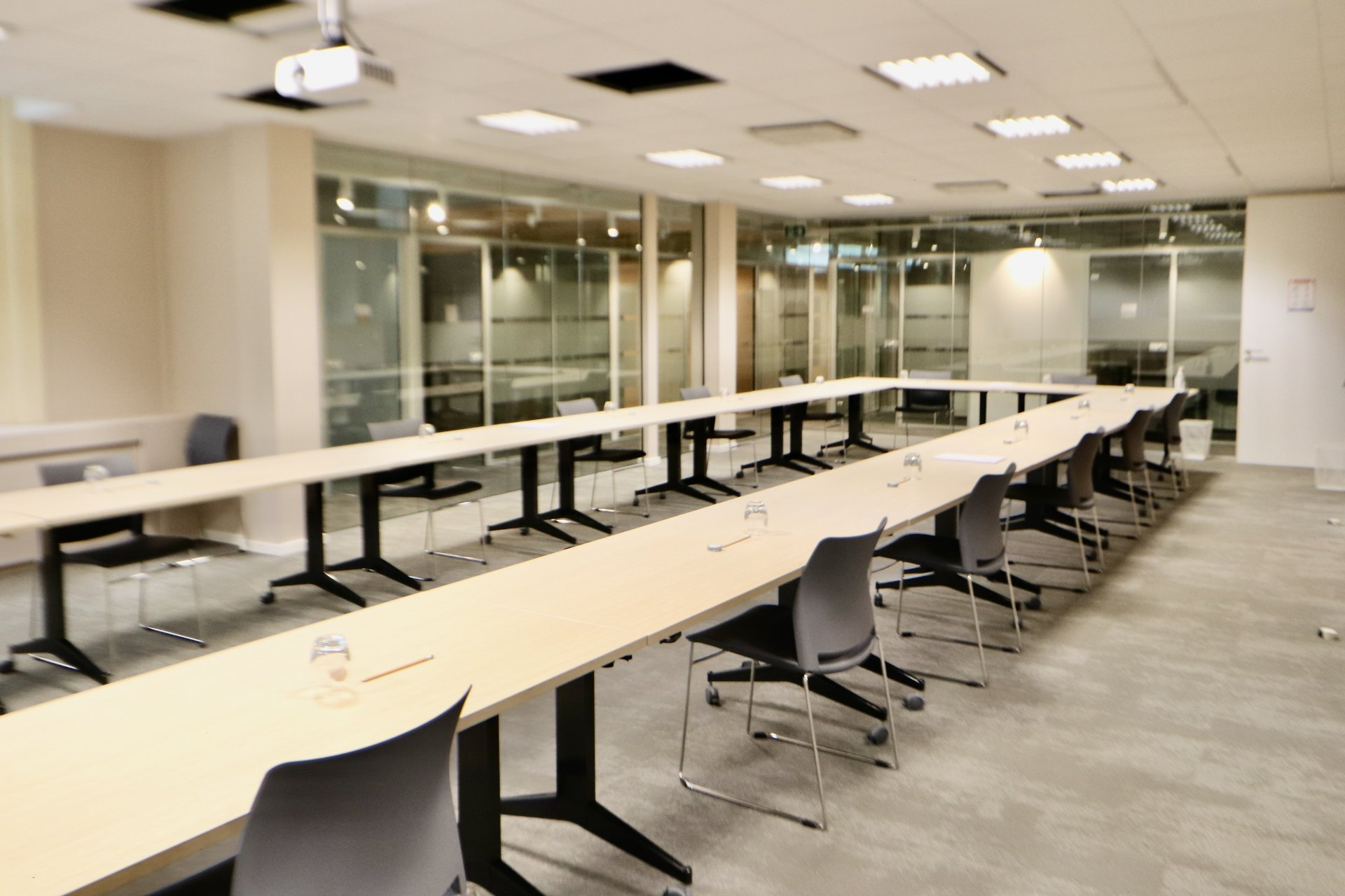 Rental Office - Luxembourg Limpertsberg - Luxembourg