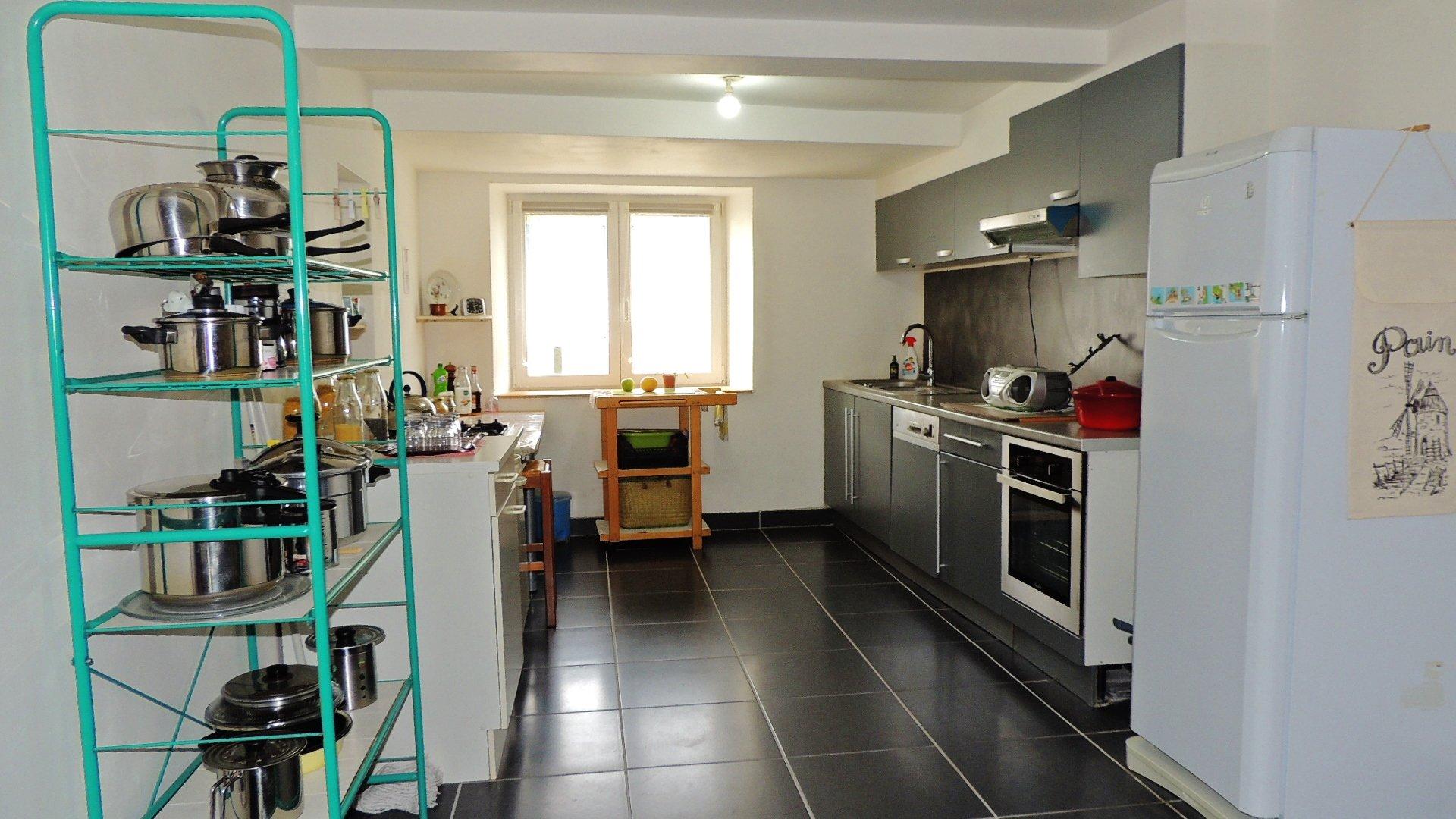 Nouveau: Maison entièrement rénovée
