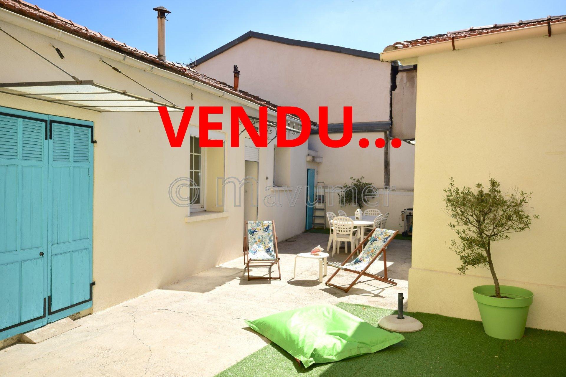 Sale House - Marseille 10ème Pont-de-Vivaux