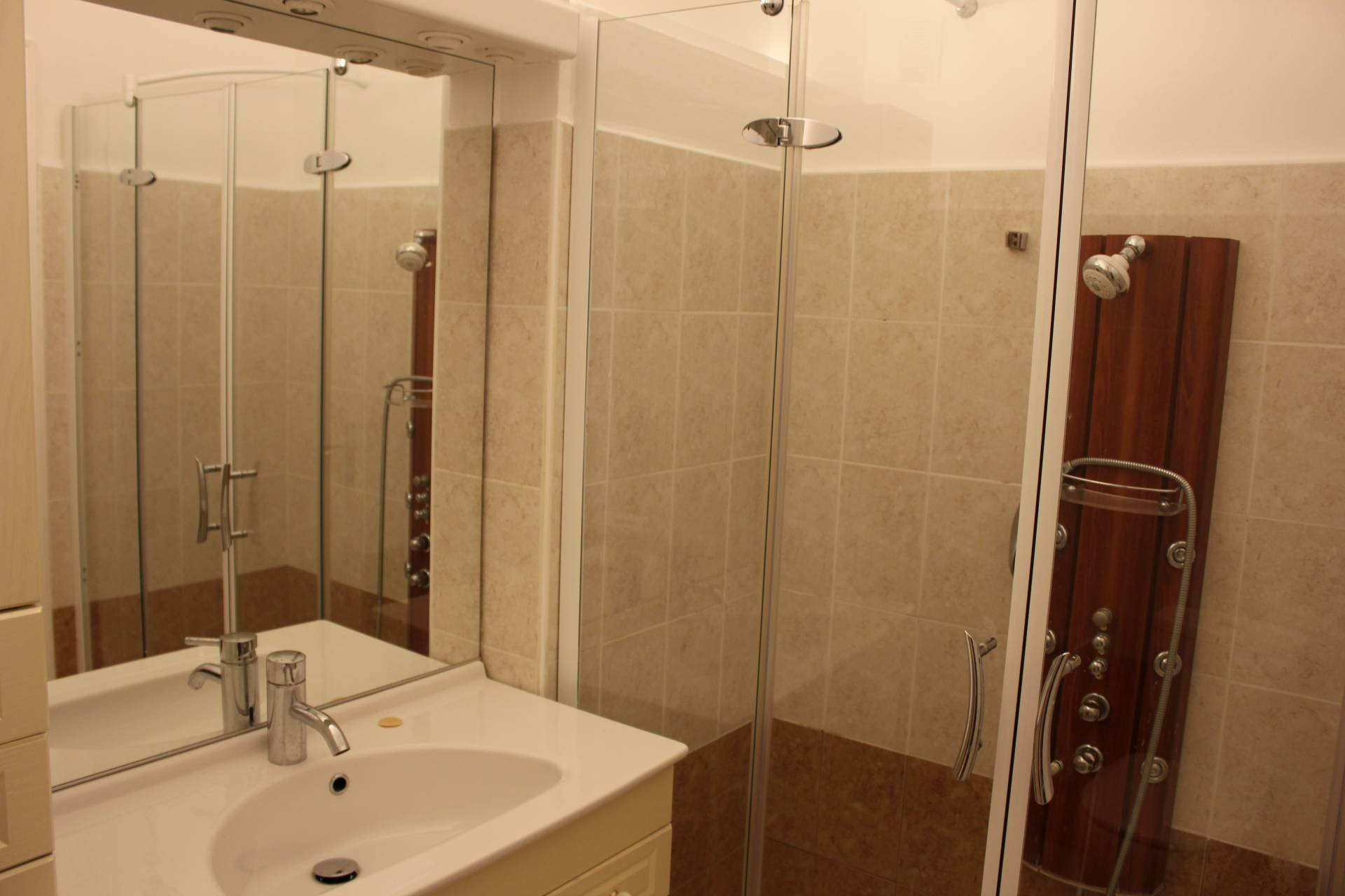 NICE Centre Dubouchage Spacious bright 2 Bdr