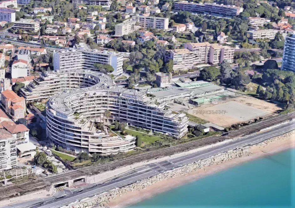 Sale Studio - Cannes-la-Bocca Bord de mer