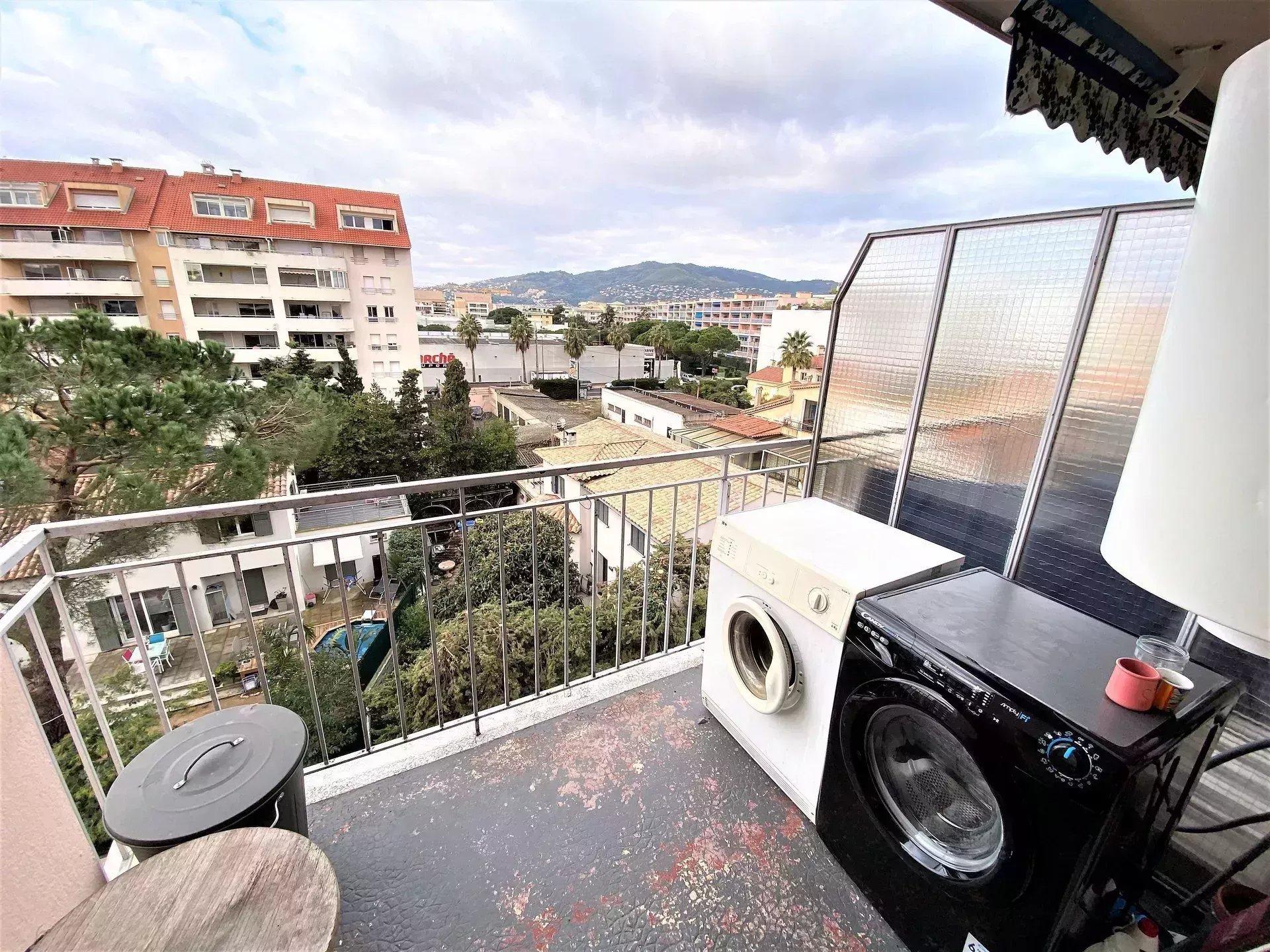 Appartement 3p dernier étage Centre ville