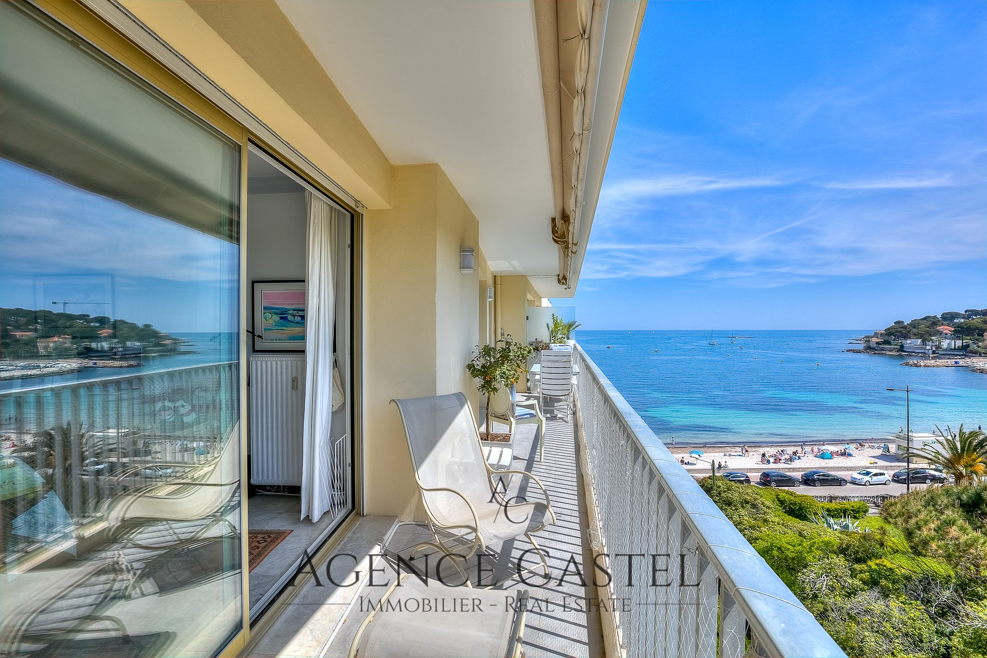 Cap d'Antibes - Gorgeous One bedroom Apartment with Sea View Terrace