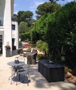 Location été SUPERBE Villa contemporaine 5 chambres Cap d'Antibes