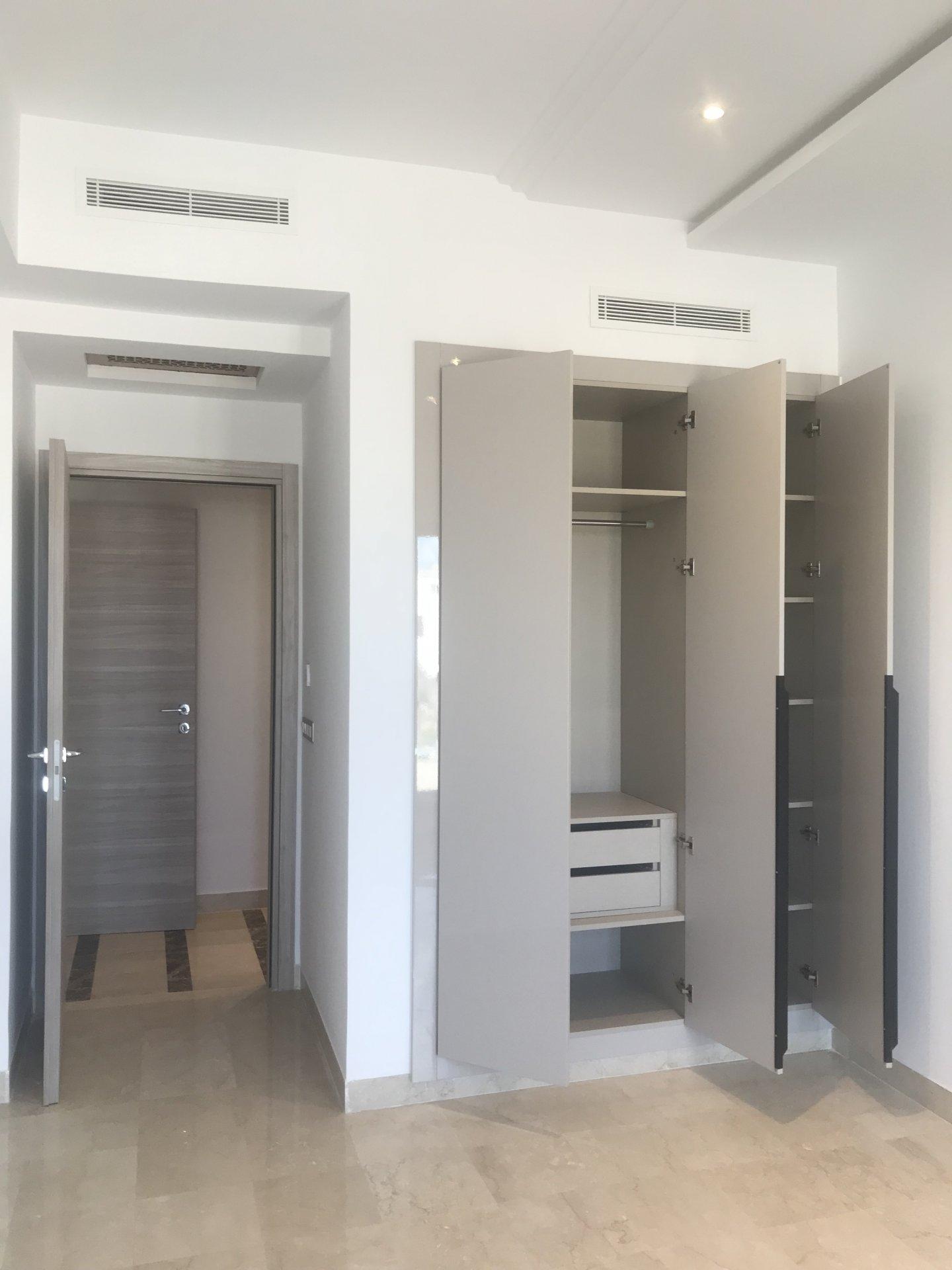 Vente Appartement S+3 Neuf Promoteur, Sidi Daoued