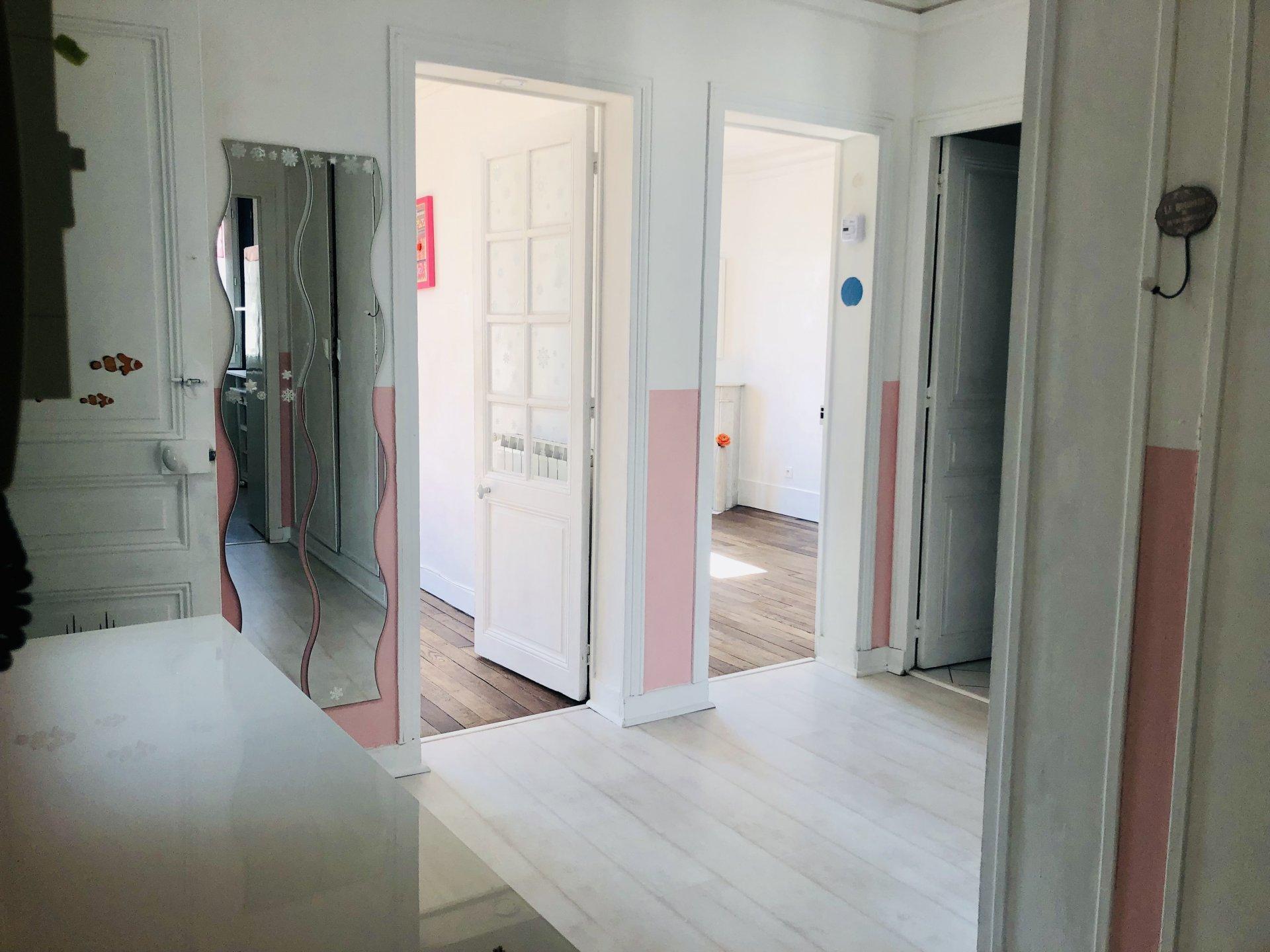 Asnieres-Courbevoie 3 Pièces - 2 chambres - Gare de BECON