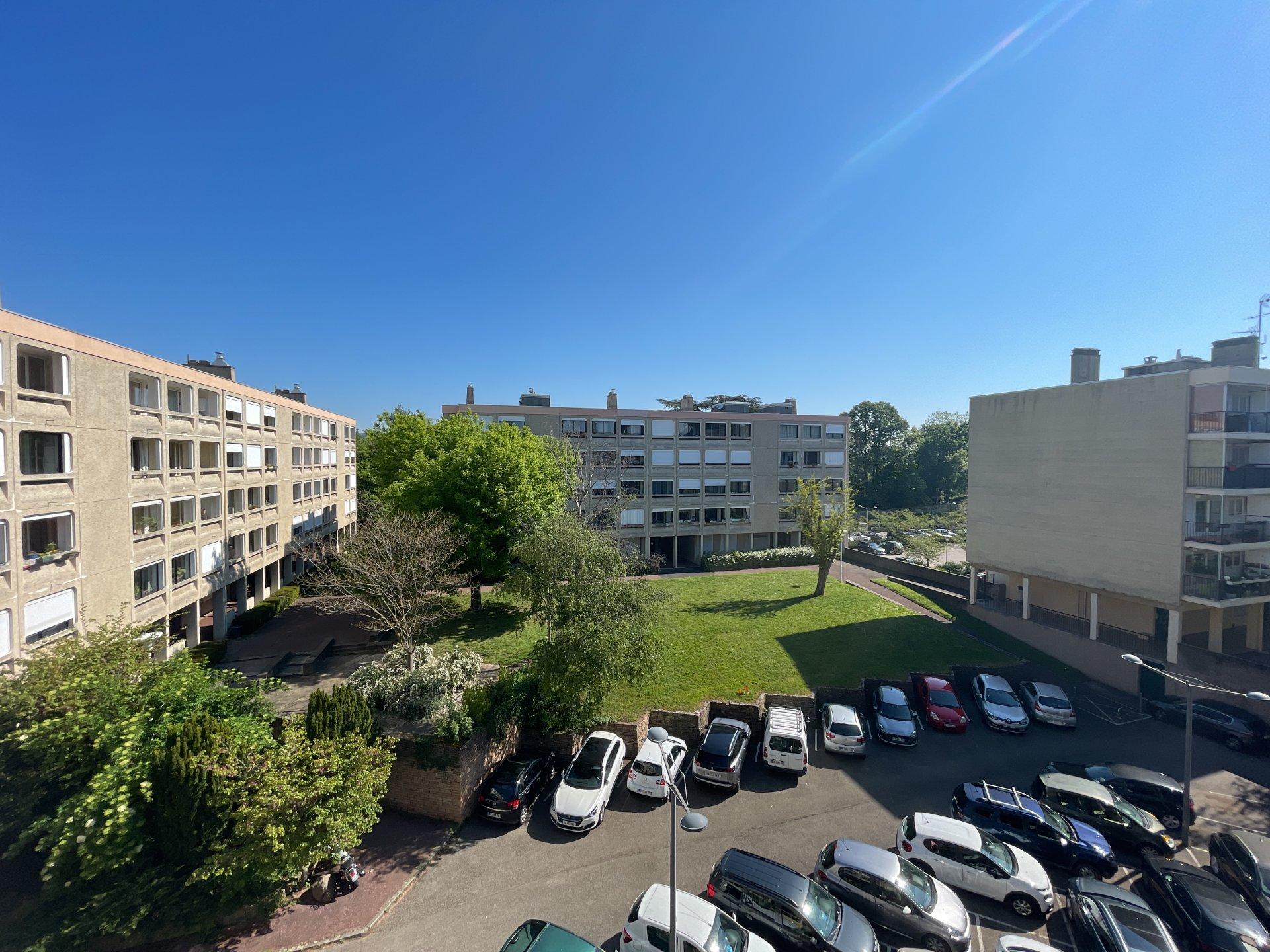 T4 Séjour double, 2 chambres, Lyon 9 BALMONT