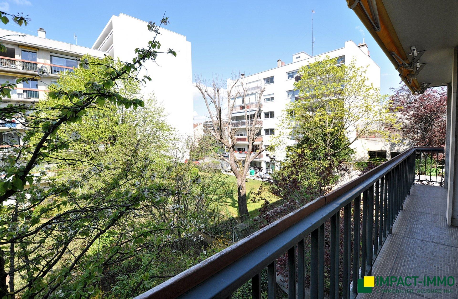 Rhin et Danube - grand 3/4p à rénover - balcons - asc