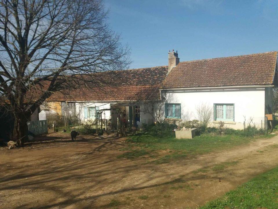 Ensemble de 2 maisons + grange
