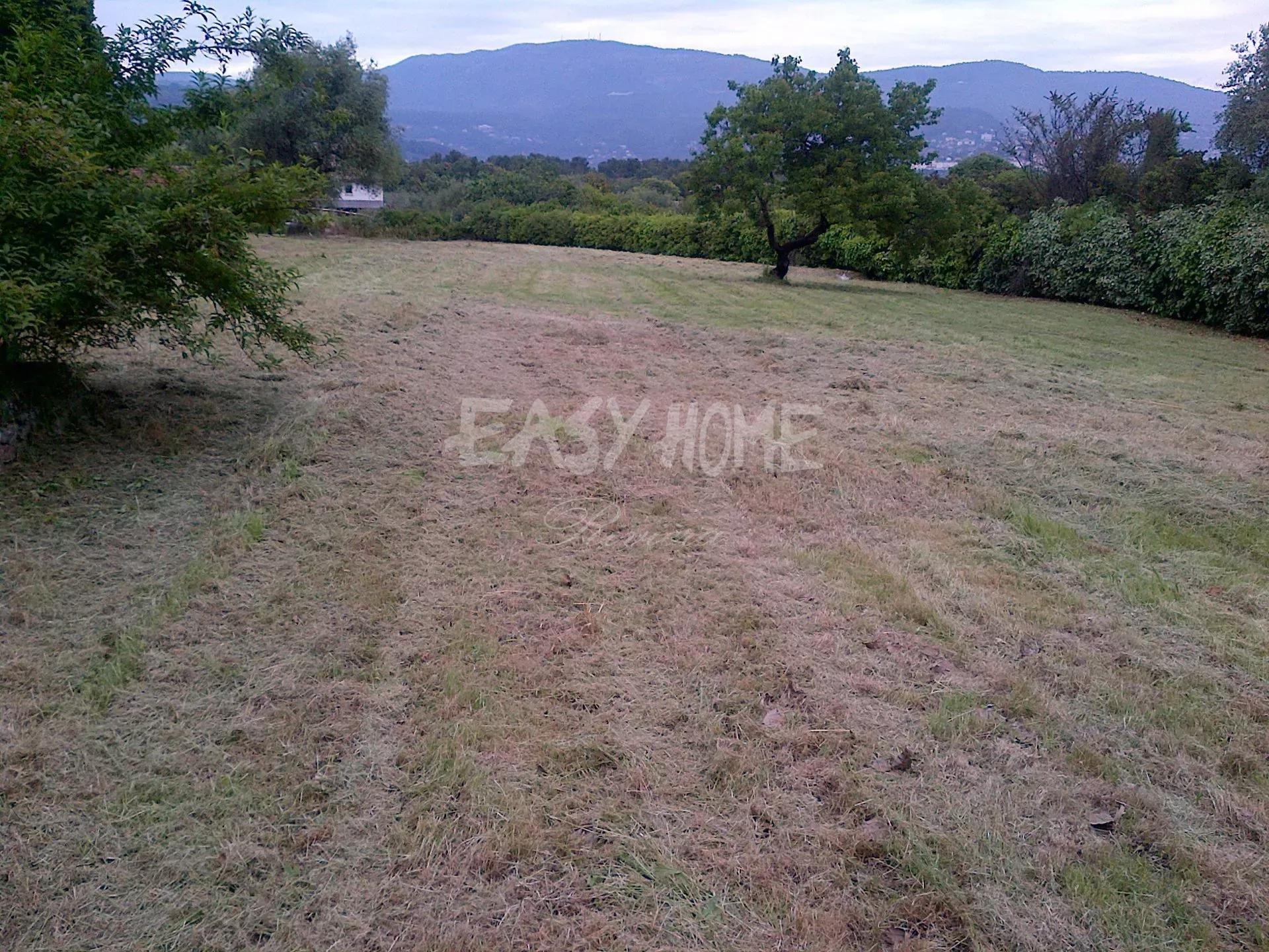 Sale Plot of land - Grasse