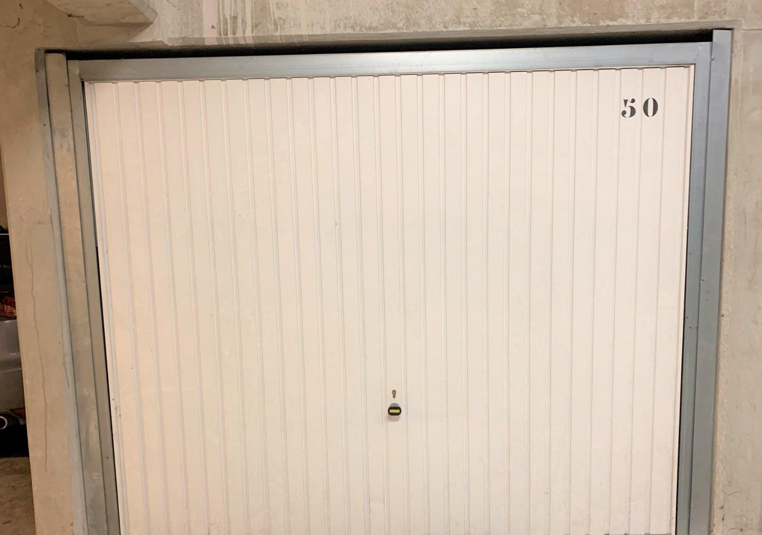 MONTPELLIER OUEST T2 au dernier étage avec ascenseur et garage