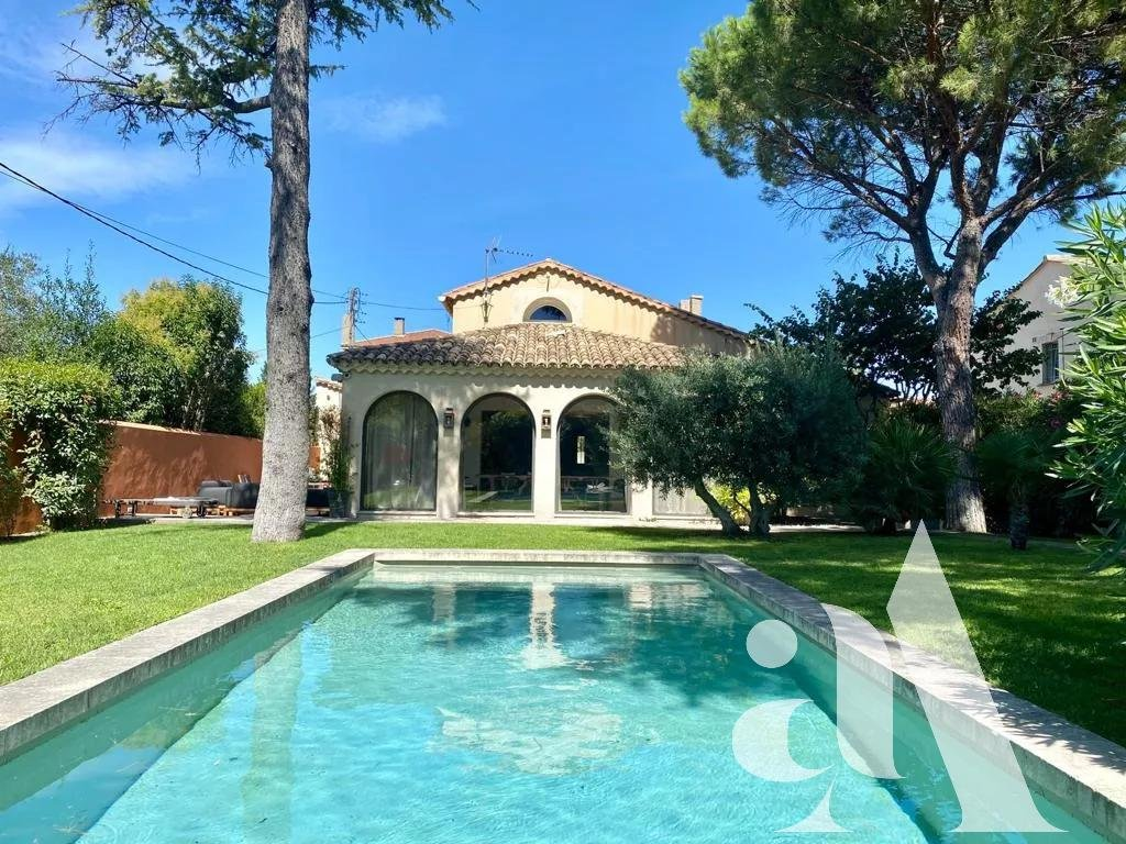 VILLA SAPHIR - SAINT-REMY DE PROVENCE - ALPILLES - 5 bedrooms - 10 people